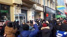 Журналісти повідомляють про вибух біля суду над Саакашвілі