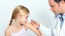 Корь в Украине: в Минздраве рассказали, в каком случае прививки делать нельзя