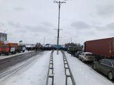 Аграрії перекрили основні дороги в Україні