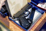 Что такое наградное оружие и кто имеет право его получать: комментарий эксперта