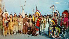 Загадкова історія: як український льотчик став вождем племені у Канаді