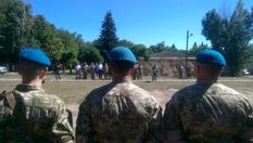 Порошенко розповів, скільки десантників загинуло в зоні АТО