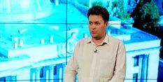 Крісло Яценюка хитається, але нема ким його замінити, — політолог