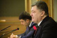 Порошенко: хто сподівався, що наша співпраця з МВФ припиниться, не дочекається