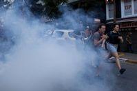 Демонстрантів у Стамбулі розігнали кулями: фоторепортаж
