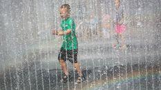 Прогноз погоди на 28 червня: буде спека, але де-не-де пройдуть грози з градом