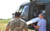 Тяжелораненых бойцов АТО эвакуировали вертолетом в Харьков