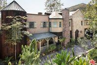 Мел Гибсон продает свой роскошный особняк в Малибу: фото старинного дома