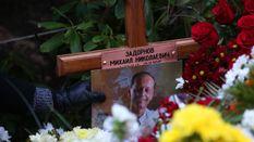 Задоронова поховали у Латвії: на похорон пришли майже півтисячі людей
