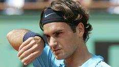 Легендарный теннисист Федерер проиграл в полуфинале турнира