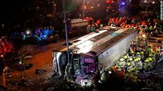 У Гонконзі пасажирський автобус потрапив у жахливу аварію: щонайменше 19 людей загинуло