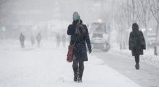 Негода в Україні: зима повернулася із хуртовинами та ожеледицею