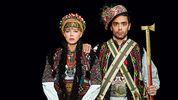 ONUKA, Шуров та Роговцева приміряли автентичне українське вбрання