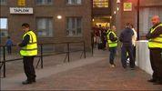 В Лондоне срочно эвакуировали жителей 5 многоэтажек из-за угрозы пожара.