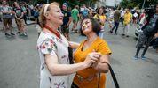 """Бабушки устроили протест """"за цирк с животными"""": не обошлось без толкотни"""