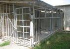 В інтернаті на Черкащині літніх людей тримають в клітці: з'явилися фото