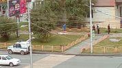 У Росії чоловік влаштував різанину прямо в центрі міста (18+)