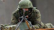 Ситуація в зоні АТО: окупанти обстрілюють українські позиції з танків, є поранені