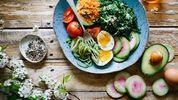 Дієтолог розповіла, що треба їсти, аби зберегти молодість