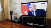 Суд виніс вирок росіянину, який до смерті забив дружину телевізором