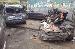 Разбитые авто и открытые переломы: в Киеве произошло масштабное ДТП