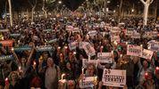 На улицы Барселоны вышло 200 тысяч людей из-за задержания лидеров движения за независимость