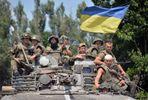Обстрелы на Донбассе: ранены четверо военных, один в тяжелом состоянии