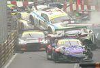На гонках в Макао разбилось 16 спорткаров