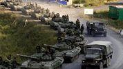 В Луганск въехала колонна военной техники: видео