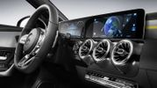 Daimler оприлюднив фотографії нової моделі Mercedes-Benz A-класу