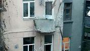 В житловому будинку Івано-Франківська обвалилось три балкони: приголомшливі фото