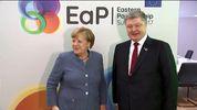 О чем Порошенко говорил с Меркель в рамках брюссельского саммита