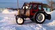 П'яний чоловік вкрав трактор, щоб почистити вулиці від снігу