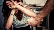 В России врач дважды избил одну и ту же женщину: сначала в клубе, затем в медучреждении
