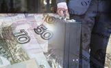 Санкції США в дії: російські олігархи масово виводять гроші з Європи
