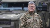 """Порошенко использует войну, чтобы """"доить"""" Запад, – блогер"""