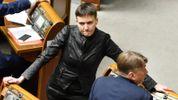 У Порошенка анонсували показ шокуючих відео про Савченко
