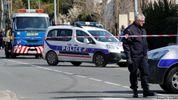 На місці захоплення заручників у Франції в супермаркеті знайшли саморобну вибухівку