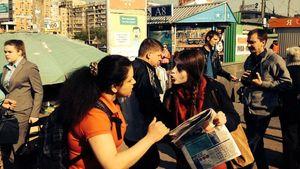В Киеве избили девушек-волонтеров