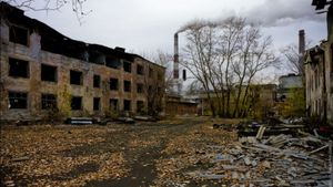 Вражаючі фото російського міста, яке помирає в отруті