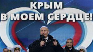 Путін пояснив, чому для анексованого Севастополя немає грошей