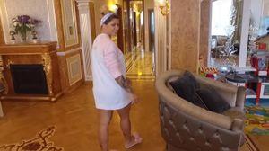 """Янукович би плакав: дружина гравця """"Шахтаря"""" показала їхню """"золоту"""" квартиру у Києві"""