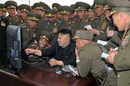 """Північна Корея опублікувала відео """"знищення"""" американських літаків та авіаносця"""