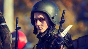 """Украинский снайпер ликвидировал подругу и соратницу """"Гиви"""", – СМИ"""