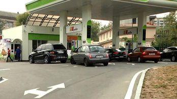 Думки експертів: коли помітно подешевшає бензин
