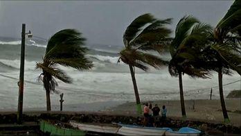 Руйнівний шторм насувається з Карибського регіону