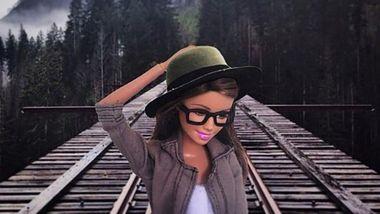 Барби воспроизводит стереотипные фото Instagram