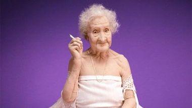 Жанна Кальман бросила курить в 117 лет