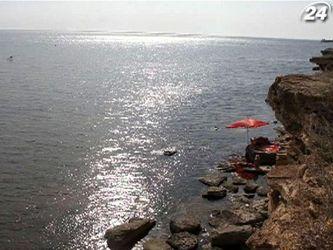 Мис Тарханкут славиться найчистішим морем у Криму