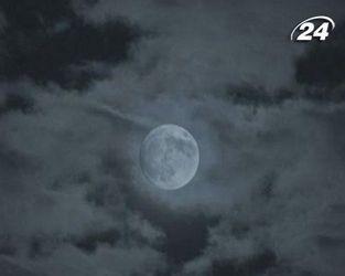 Космічні файли: Зіткнення з Місяцем